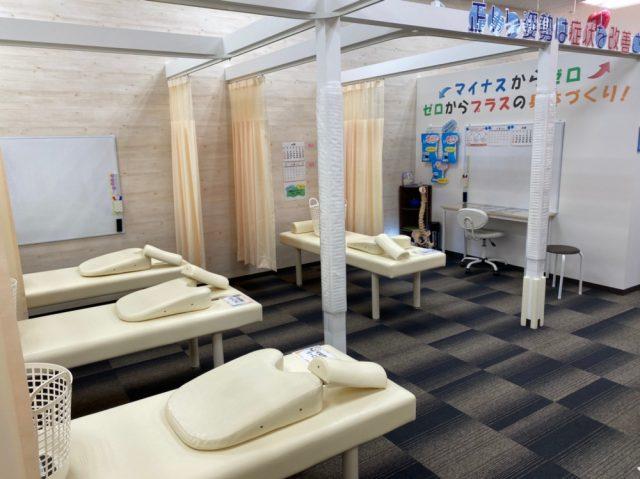 施術ベッドも複数完備しております!